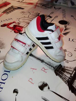zapatillas adidas niño 22