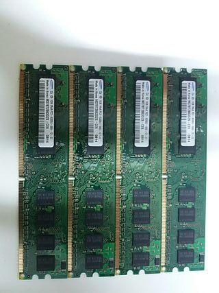 Memoria Ram Samsung 1GB 1Rx8 PC2-5300U-555 12-ZZ