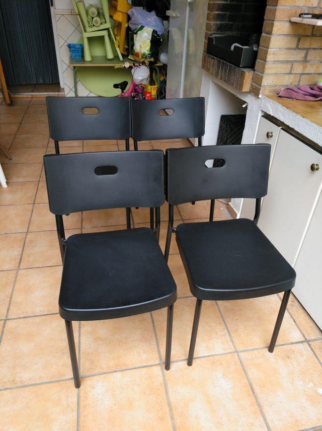 Oferta cuatro sillas comedor o cocina de segunda mano por 10 € en ...