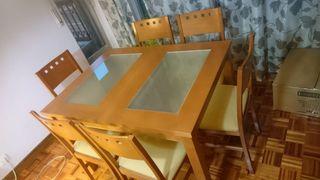 Mesa de Salón extensible y 6 sillas