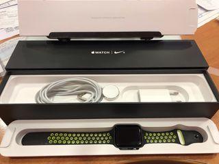 Apple Watch Series 2 42mm Nike + Edition