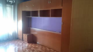 Mueble dormitorio puente, madera color cerezo Dorm