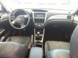 DY074979 Subaru Forester 2010