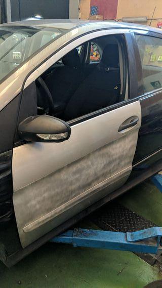 puerta conductor Mercedes Benz clase B