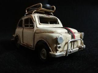 coche de lata decoracion fiat 500