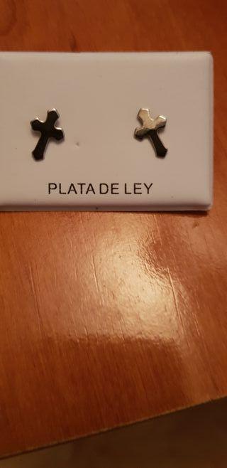 pendientes de Plata de Ley.