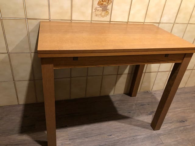 Mesa cocina de segunda mano por 40 € en Blanes en WALLAPOP