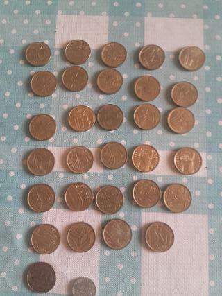 Monedas de cinco pesetas.