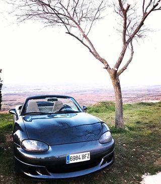 Mazda MX-5 2001