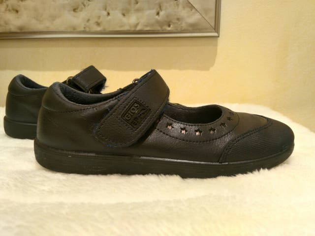 bastante agradable d73ce 9008d Zapatos colegiales niña Gioseppo de segunda mano por 5 € en ...
