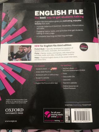 New English File Intermediate Plus Students Book
