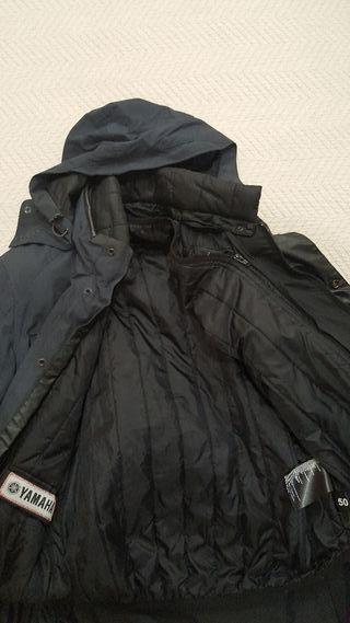 chaqueta de moto con protecciones para mujer