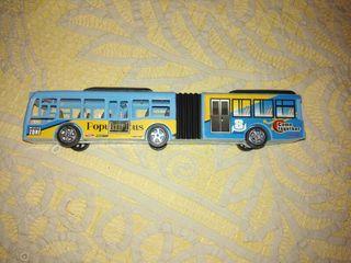 Autobús de juguete.