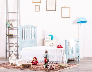 Cama Infantil Antigua Restaurada Nevyle