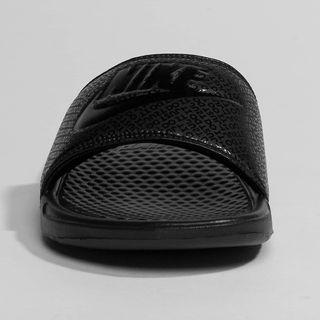 be3eecf8d8 Chanclas Nike de segunda mano en Madrid en WALLAPOP