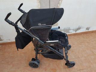 carro de bebé (chico) con todos los accesorios