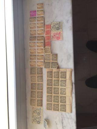 Colección de sellos antiguos sin utilizar