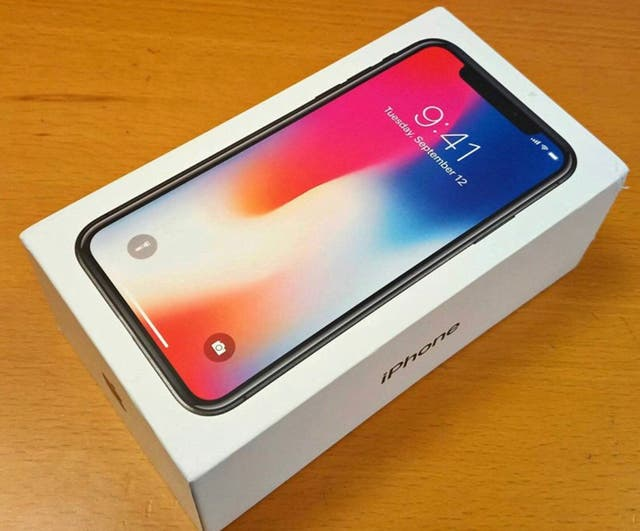 iPhone X 64 GB Unlocked