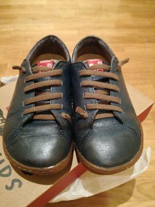 Zapato Camper Peu número 32 de segunda mano por 20 € en