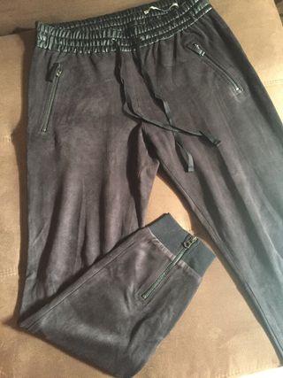 Pantalones de piel de segunda mano en la provincia de Cádiz en WALLAPOP 8615bbc601b9