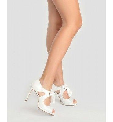 zapatos de novia gloria ortiz de segunda mano por 40 € en madrid en