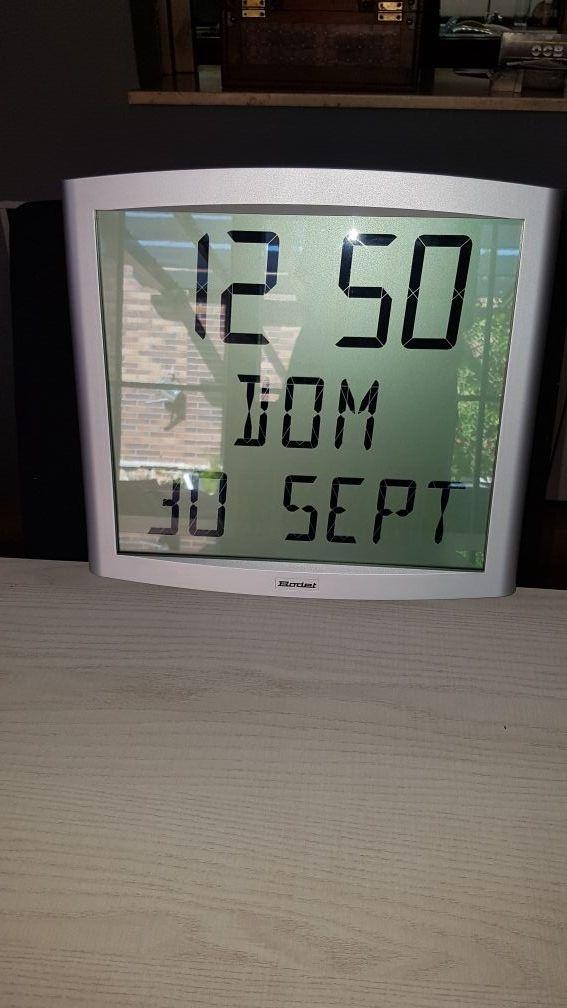 Reloj calendario de pared BODET LCD de segunda mano por 325 € en ... 5f81d21de772
