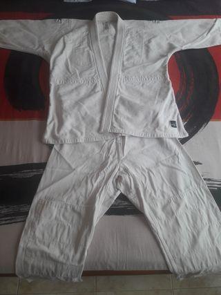 Kimono karate o Yudo!