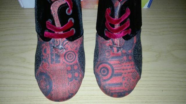 Zapatos Desigual talla 37