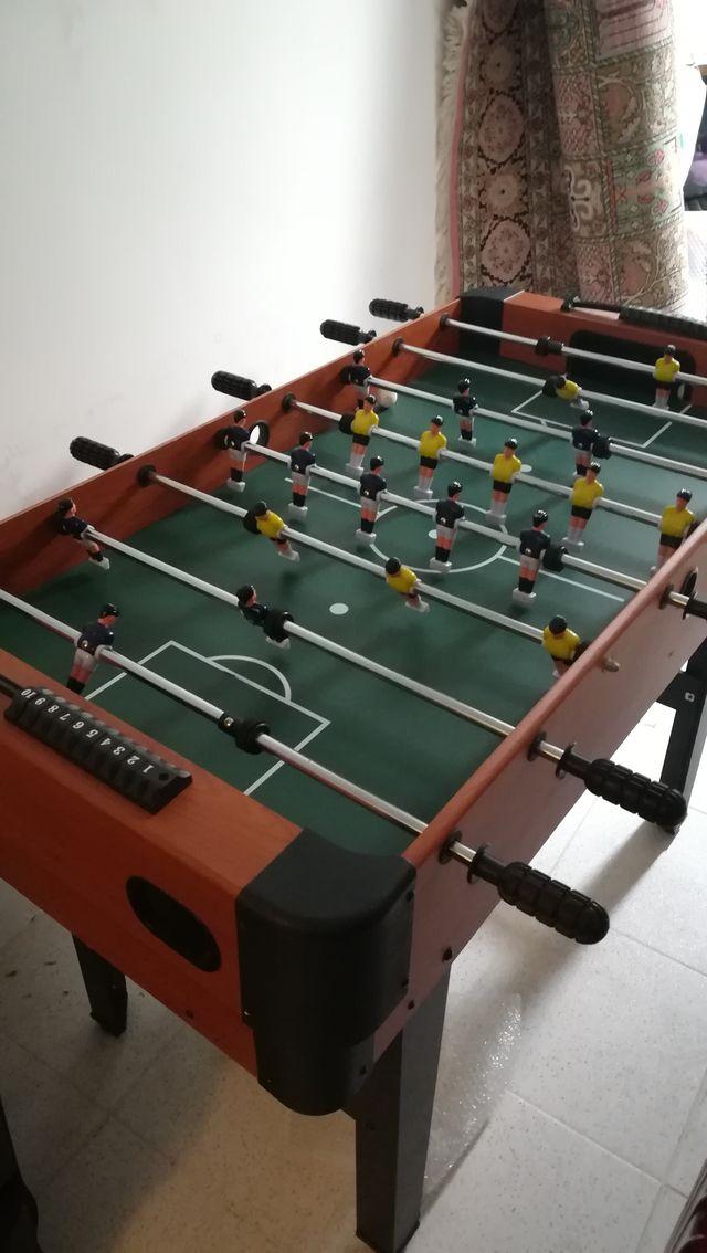 Mesa De Futbolin Billar Y Otros Juegos De Segunda Mano Por 75 En