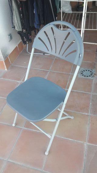 Vendo silla para exterior. PRECIO NEGOCIABLE