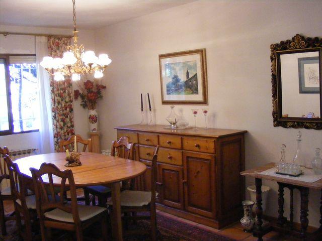 Comedor provenzal pino (aparador, mesa, 6 sillas) de segunda mano ...