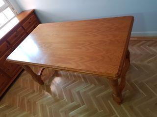 Mesa + 6 sillas + aparador a juego (madera)