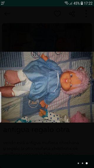 antigua muñeca chochona y otra de