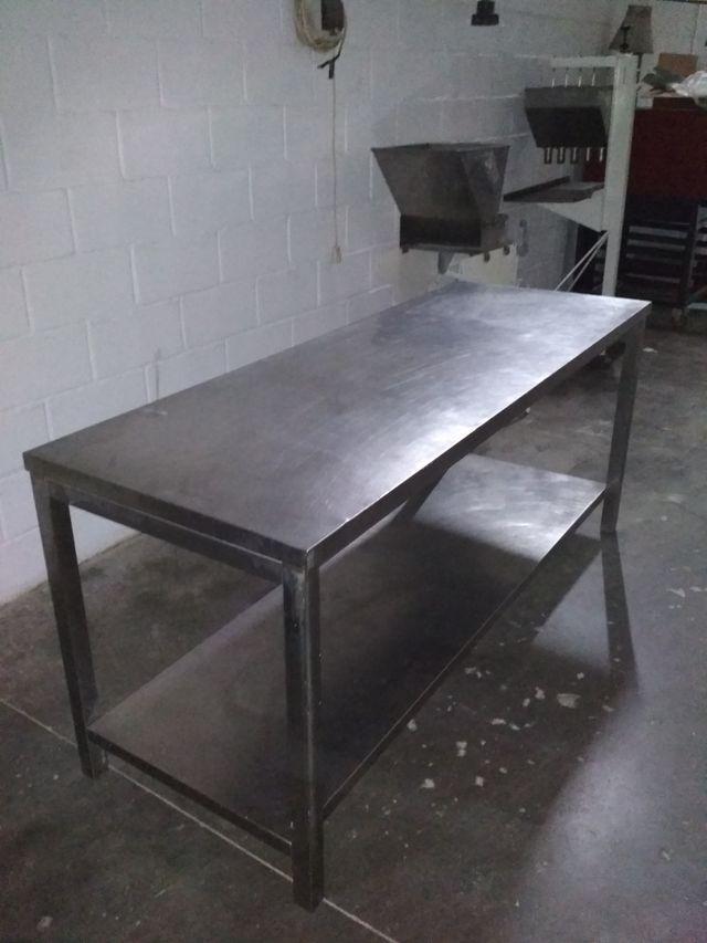mesa trabajo industrial Alemana