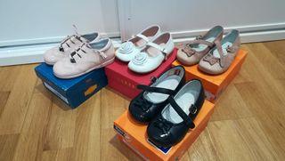 Lote de 4 pares de zapatos para niña talla 24
