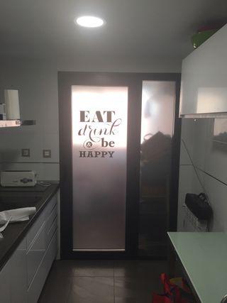 Vinilo ácido translúcido puertas y ventanas