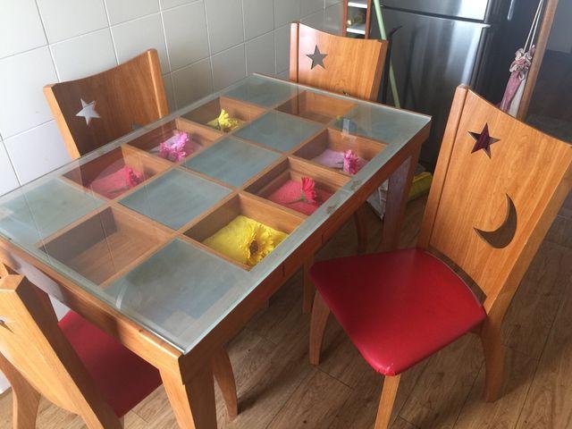 Mesa de cocina con 4 sillas de segunda mano por 195 € en Barcelona ...