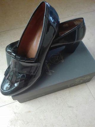 ¡NUEVOS! Zapato piel mujer num. 41