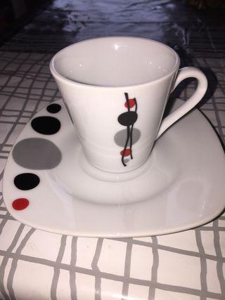 Juego de café . 6 piezas