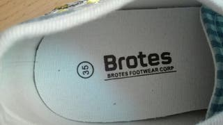 Zapatillas de tela niña marca Brotes