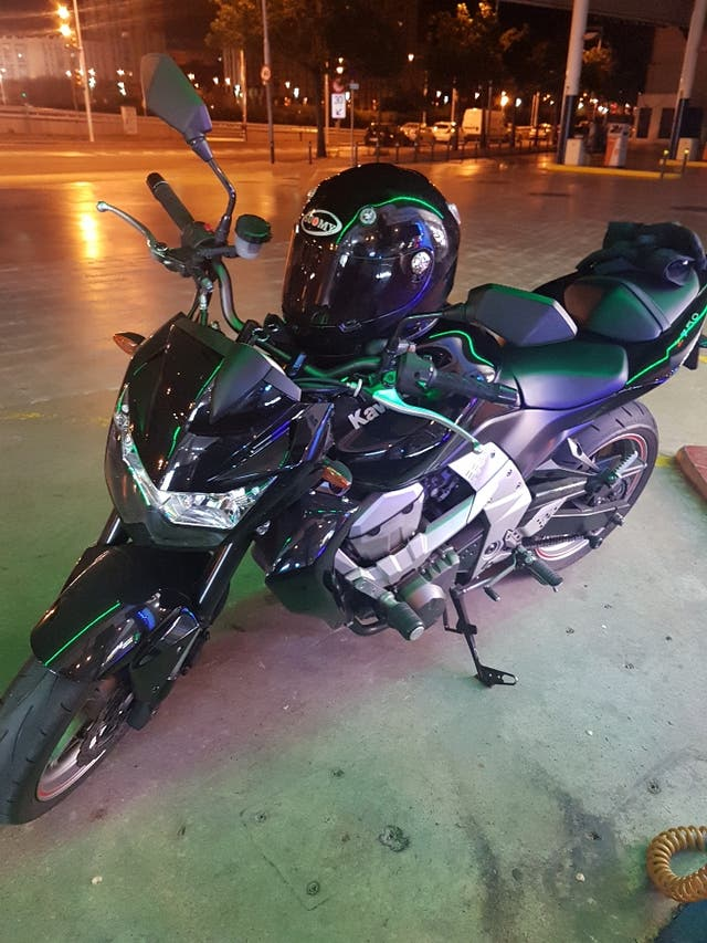 SOPORTE BAUL KAWASAKI Z750/Z1000 | La Boutique de la Moto