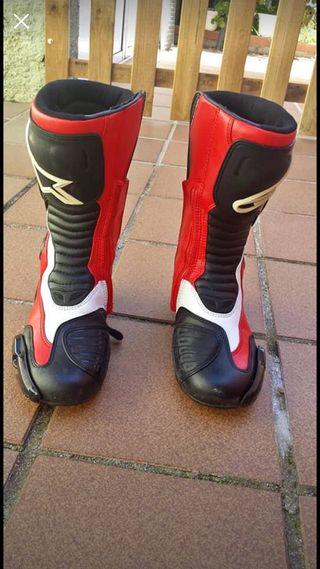 Se vende botas de moto Alpinestars