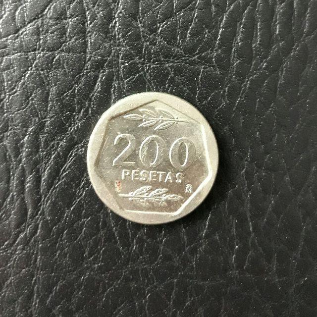 moneda de 200 pesetas