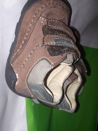 zapatos chicco talla 19