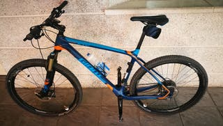 bicicleta montaña GIANT XTC ADVANCED 27,5 2016