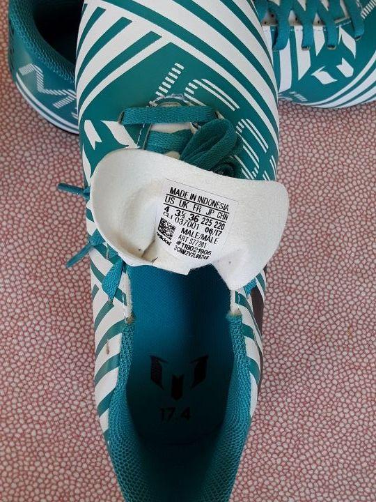 Botas de fútbol.