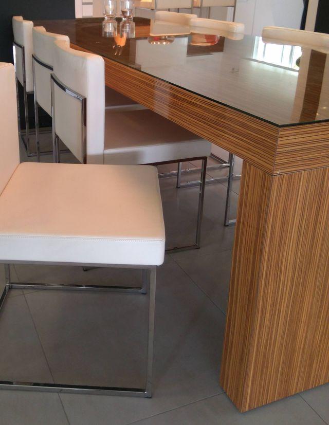 Mesa alta de comedor de segunda mano por 235 € en Marbella en WALLAPOP