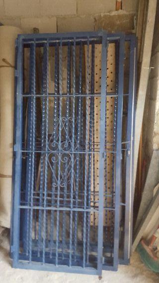 Puertas de hierro de segunda mano en wallapop for Puertas de paso segunda mano