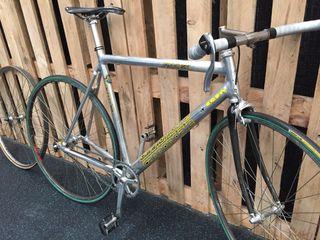 Bici fixie Cannondale tubulares carretera alu T54