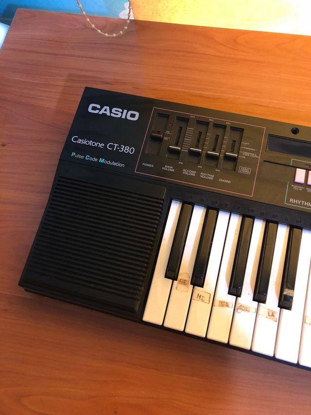 Teclado Casiotone CT-380